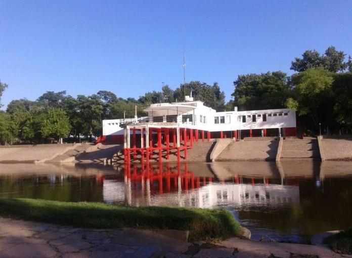 La Municipalidad pide no bañarse en el río