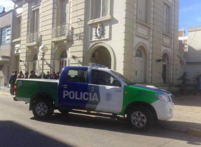 POLICÍA DE SALTO DIO POSITIVO PARA COVID-19