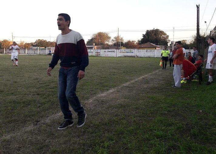 Ezequiel Mendoza dejó la dirección técnica de Huracán