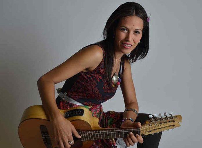 Roxana Carabajal actuará en la Fiesta del Costillar al Asador