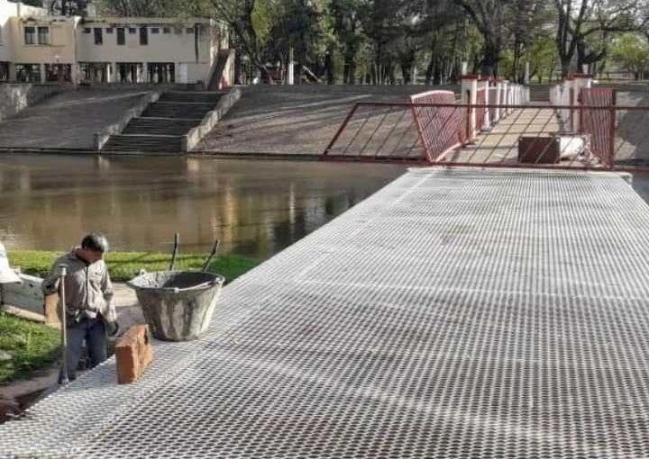 Extienden la pasarela del Balneario Municipal