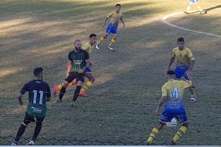 Brown y Unión Boca-Sanfra abren hoy la vuelta del fútbol