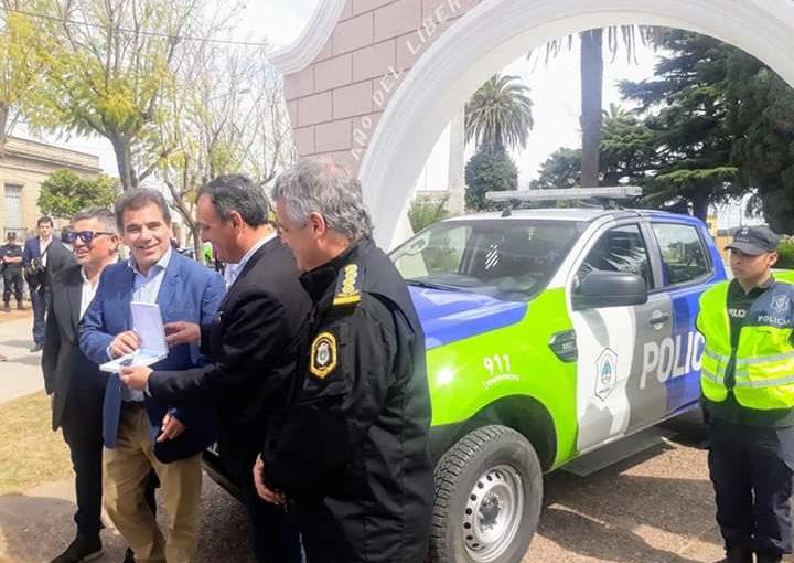 Ritondo entregó otro móvil para la Policía de Arrecifes