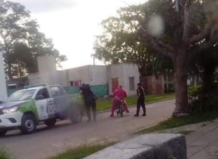 METIERON PRESO A BARNEY POR VIOLAR LA CUARENTENA