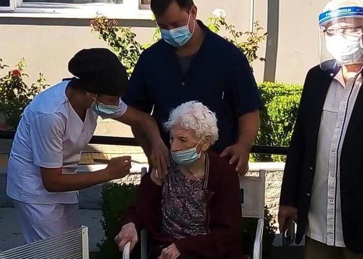 PAMI vacuna en residencias de ancianos privadas de Arrecifes