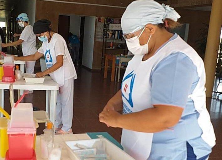 Empiezan a vacunar en Arrecifes también a menores de 60 años